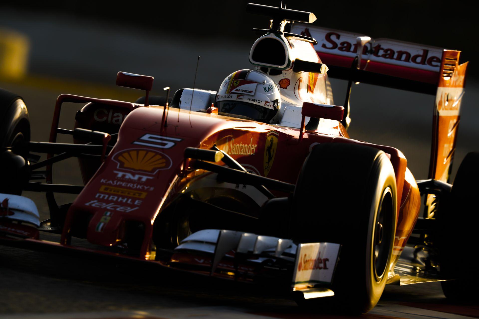 Vettel onboard nézetéből a katasztrofális rajt