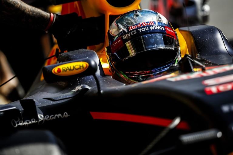 Ricciardo, Verstappen, új Renault-motor: kanyargós pályákon a Mercedes előtt lenne a RBR