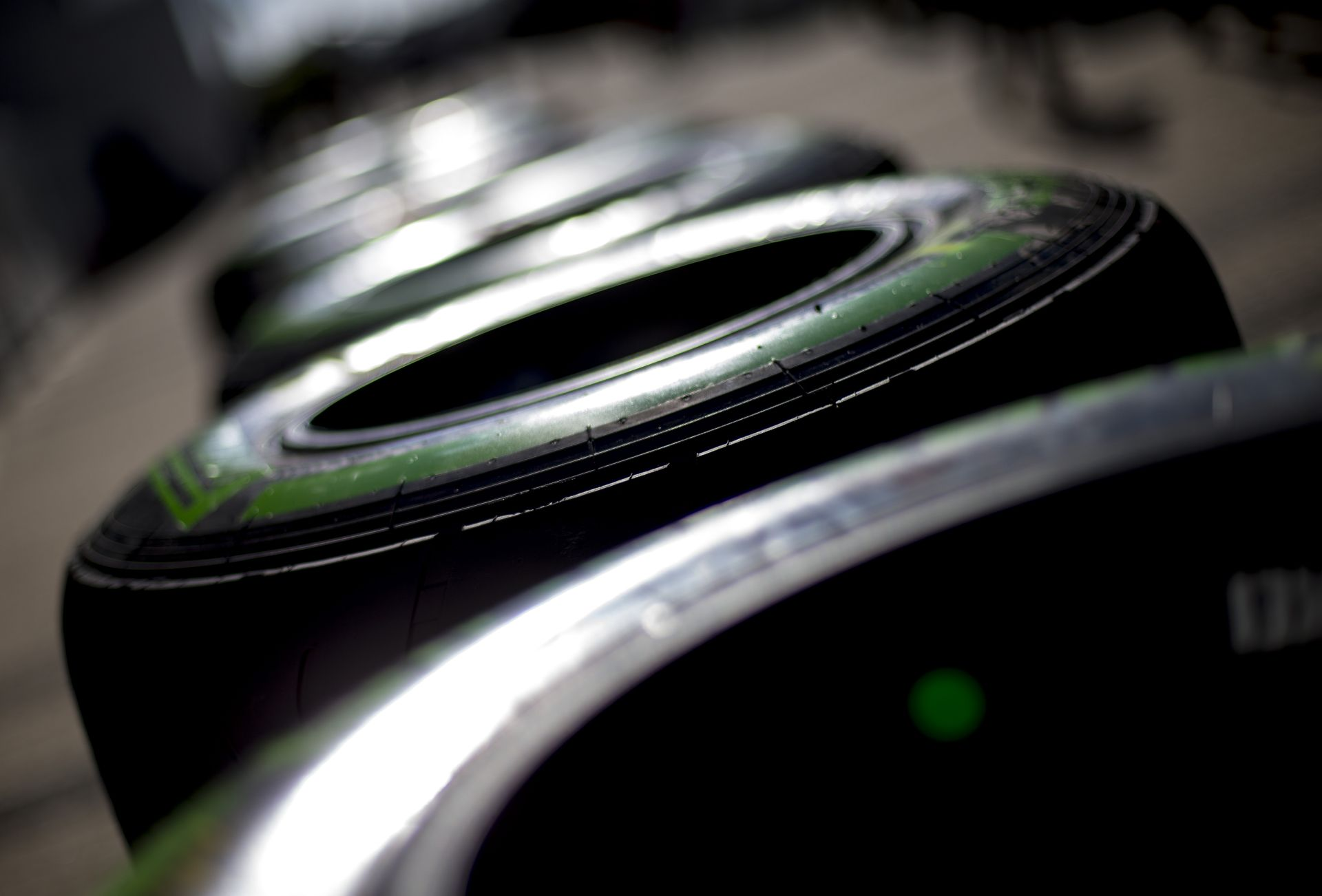 A Pirelli még nem írta alá az új F1-es szerződését - a tesztautókból válogatnak!