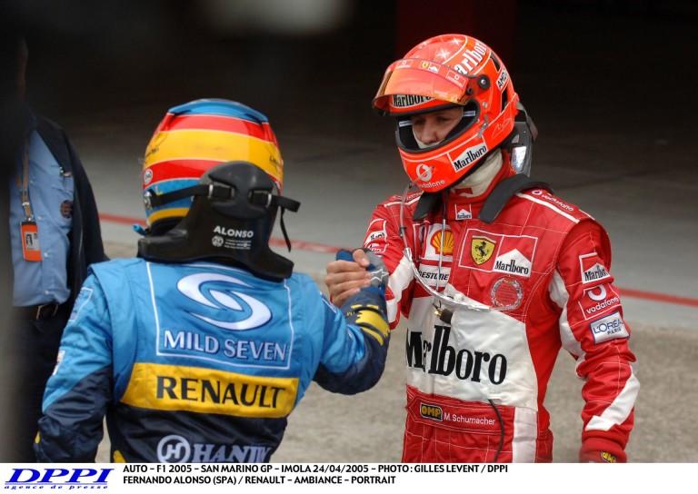 11 évvel ezelőtt ezen a napon az F1-ben: Alonso 2 tizedmásodperces győzelme Schumacher előtt