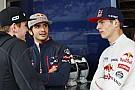 Így lovagolta meg a műbikát Verstappen és Sainz Jr.