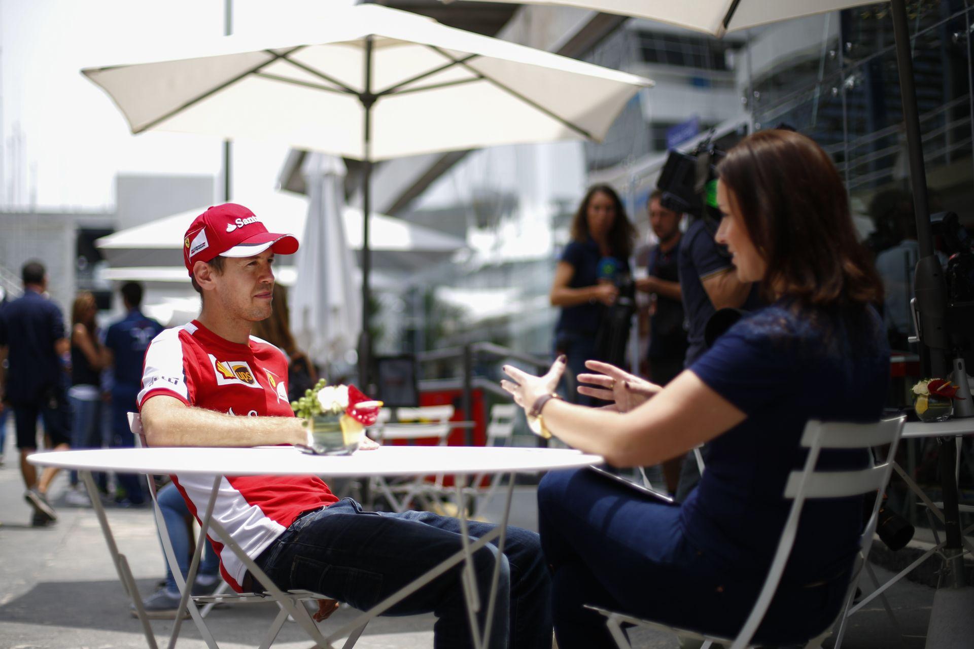 Vettel: ha látják valahol a tapadást, kérem, mondják meg neki, hogy keresem