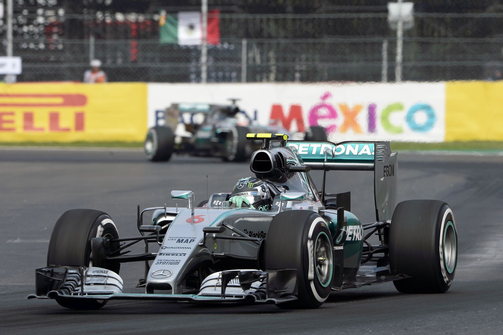 Hamilton elgondolkozhat azon, hogy most Rosberg a jobb!