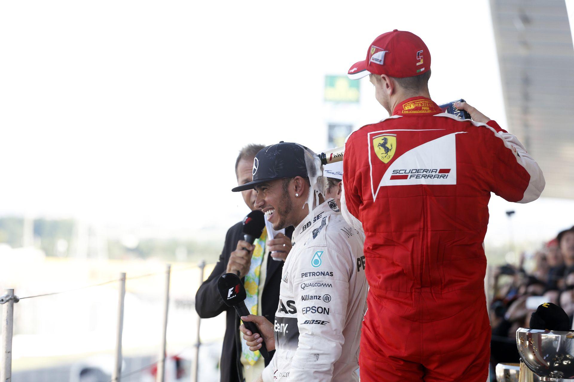 Vettel: Folyamatosan emeljük a tétet! 2016 elején már ott akarunk lenni a Mercedes nyakán!