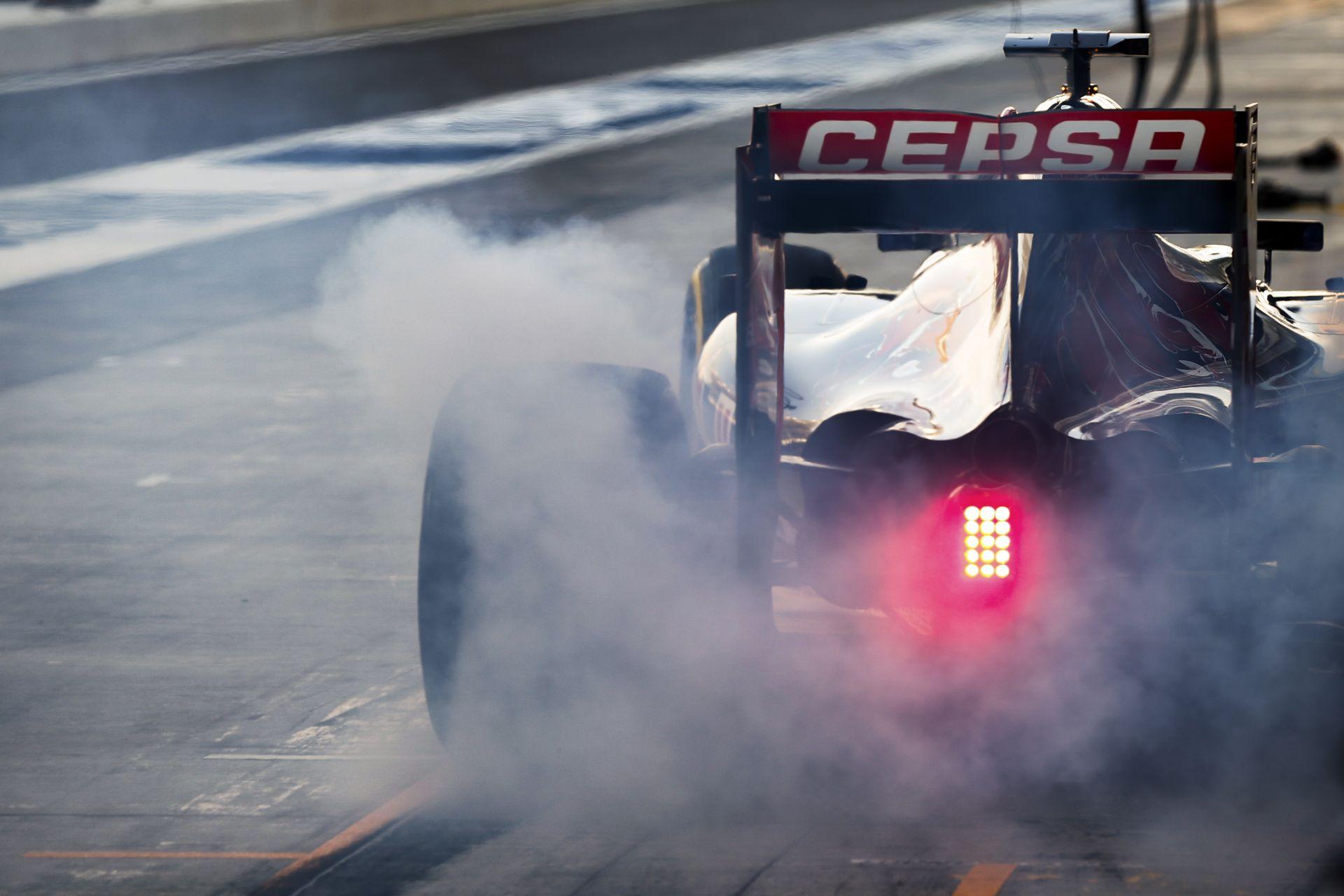 Hiba volt a hibridformula bevezetése az F1-ben, a rajongókat nem érdekli a hatékonyság