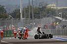 Az F1 veszélyes cirkusz, benne van, hogy leesik az artista