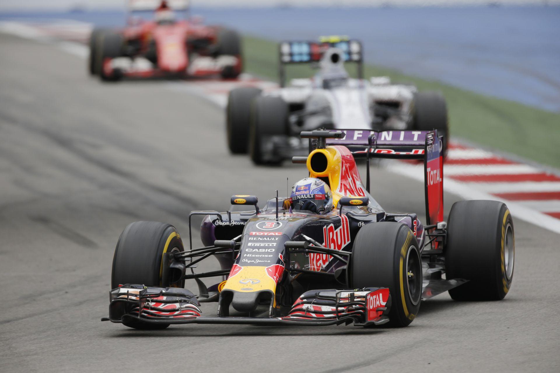 A Red Bull hátránya hatalmas lehet jövőre: csak egy teszten vesznek részt?