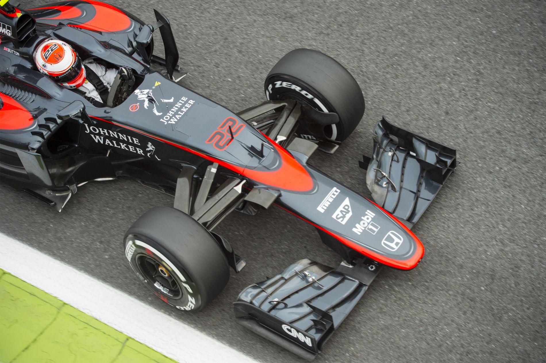 Vízszivárgás miatt sírt Button McLarenje: bárki frusztrált lenne a helyében