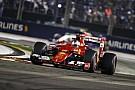 Egy kanyar, amin Vettel átrongyolt, Hamilton és Rosberg pedig tartott tőle