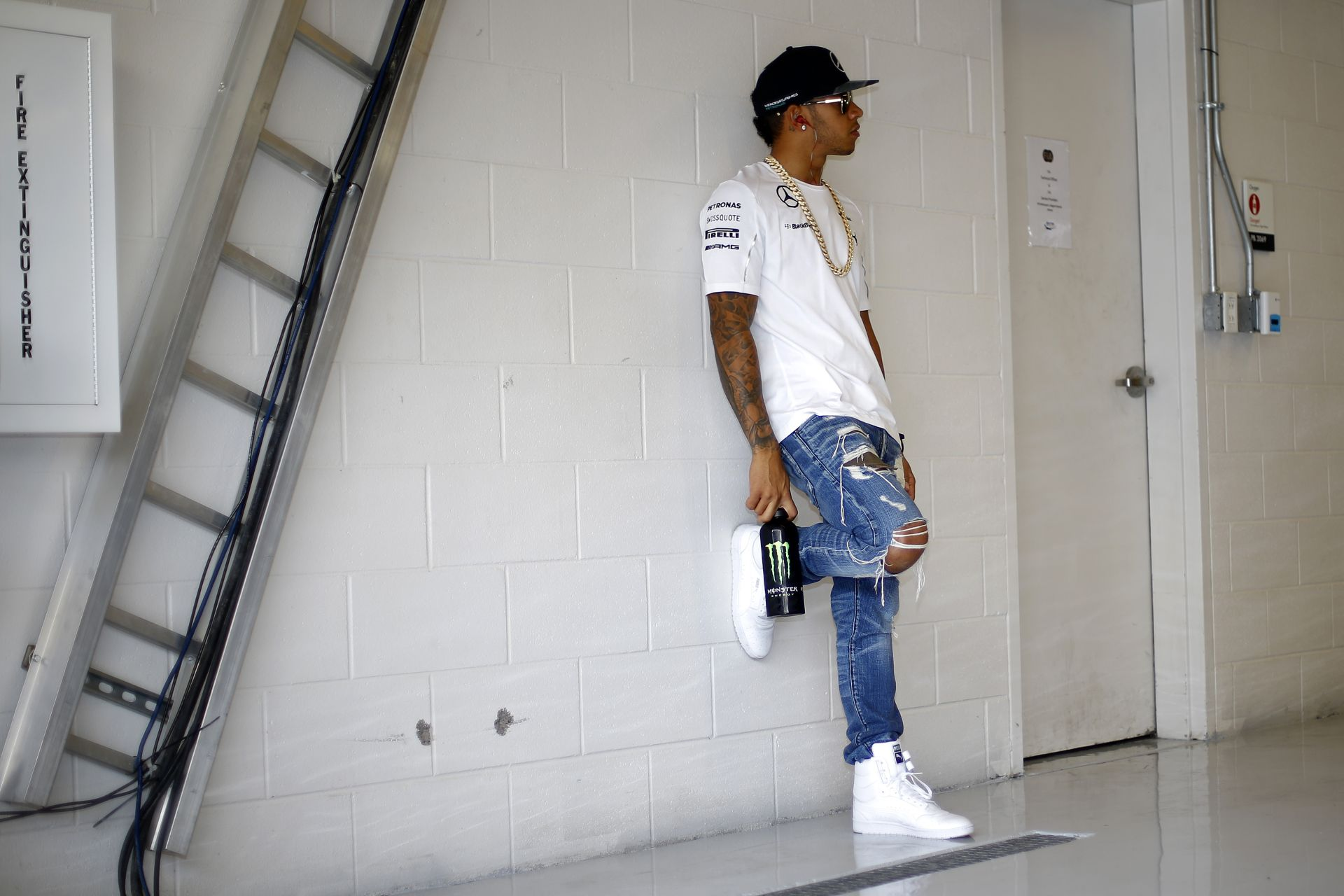 A Mercedes szerint nem lenne igazságos, ha Hamilton a dupla pontok miatt bukná el a címet