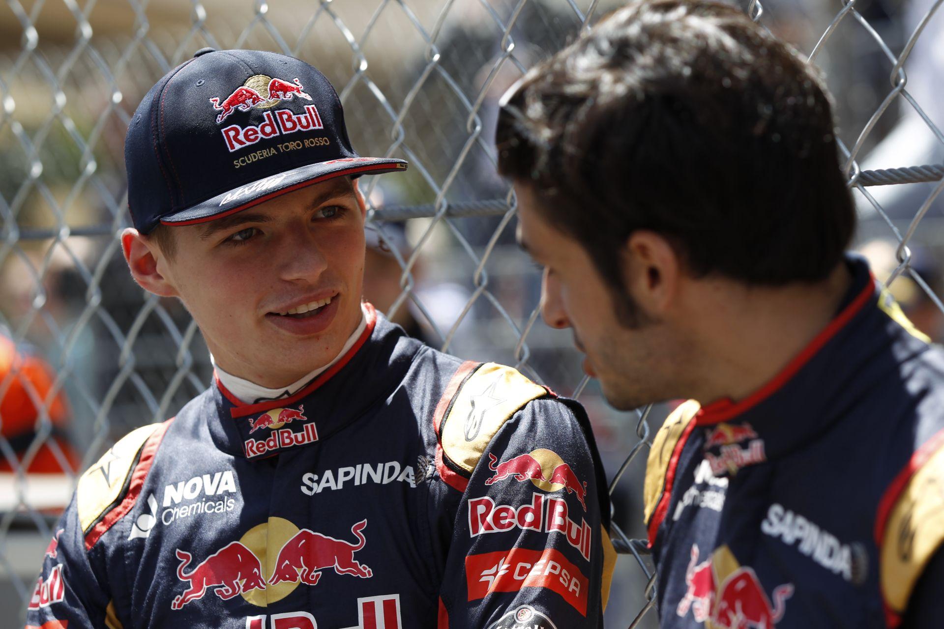 Verstappen a Ferrari, Sainz a Red Bull versenyzője lesz a Forma-1-ben?