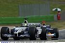 Ralf Schumacher keményen küldi neki a V10-es Williams-BMW-vel: A1-Ring