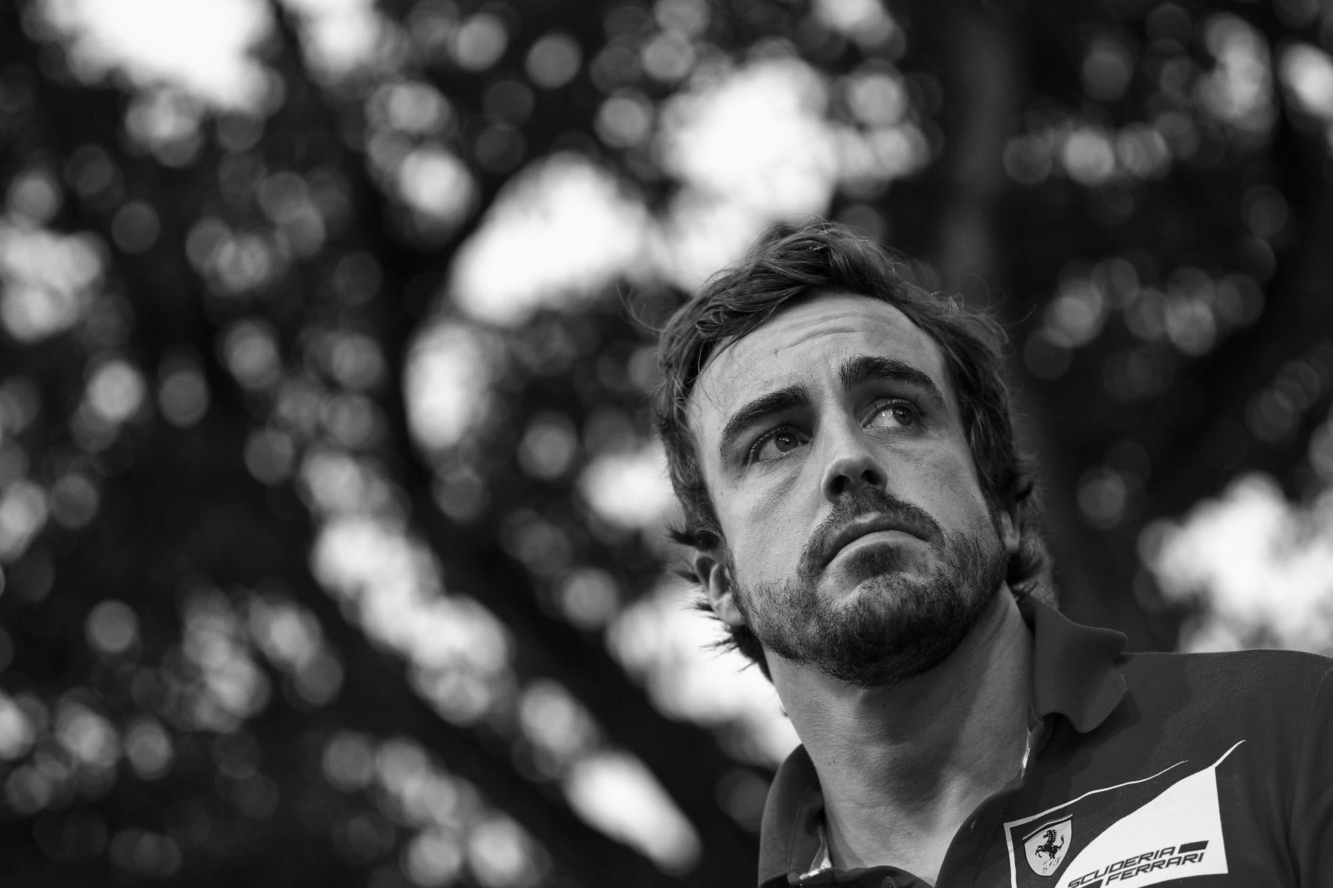 Emiatt távozik Alonso a Ferraritól: A spanyol bajnok már keresi az új csapatát (Frissítve)
