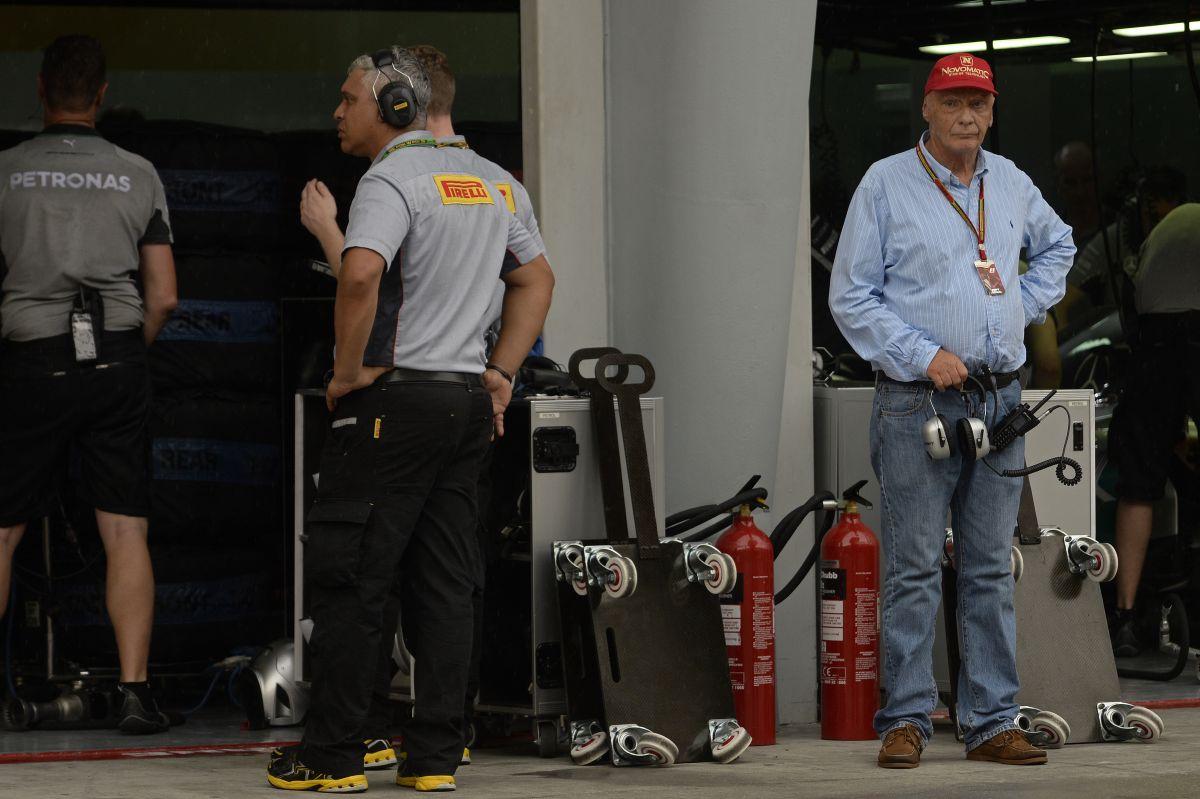 A Mercedes még többet figyel a részletekre: program a motornak és kasztninak