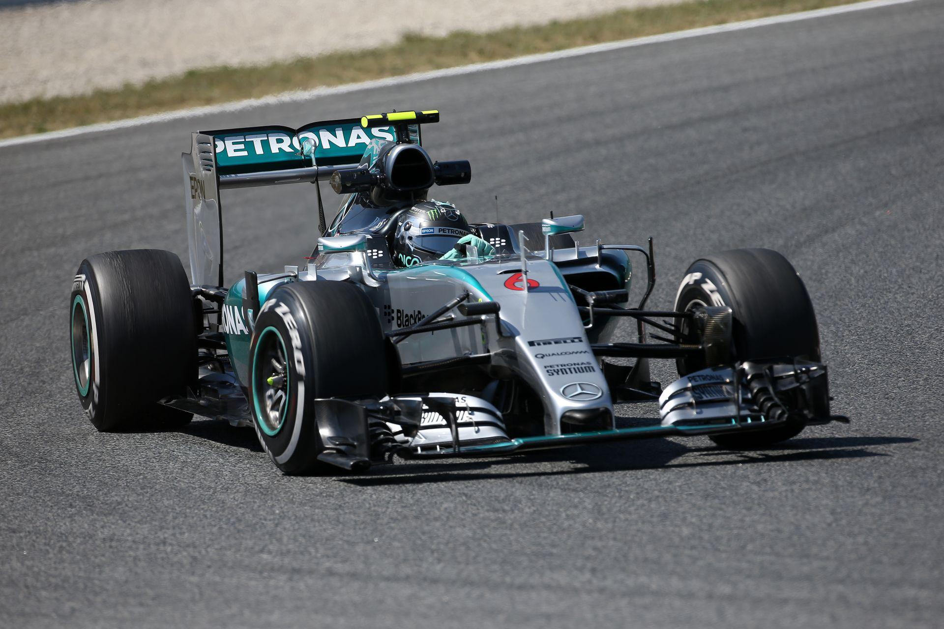 Rosberg Vettel és Hamilton előtt a harmadik edzésen! Jöhet az időmérő!