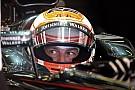 Button: Hallottam, hogy nehéz Fernandoval együtt dolgozni, de én élvezem!