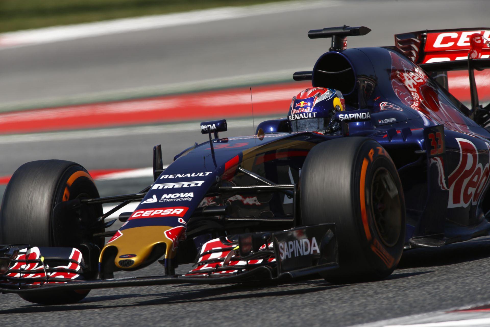 Verstappen nem küzd önbizalomhiánnyal a mai 6. rajthely után Spanyolországban