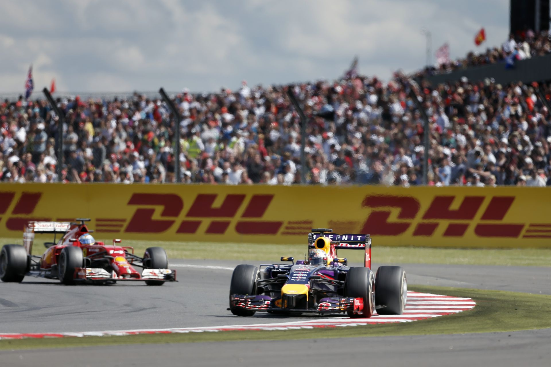 A Red Bull szerint Vettel és Alonso csatája teljesen rendben volt