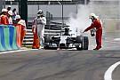 Rajongói videók a Magyar Nagydíjról: elfüstölt Mercedes, Alonso vs. Raikkonen