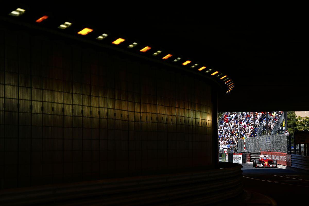 Együtt ötletelnek a családtagok Maranellóban: Alonso tartózkodna a jóslatoktól