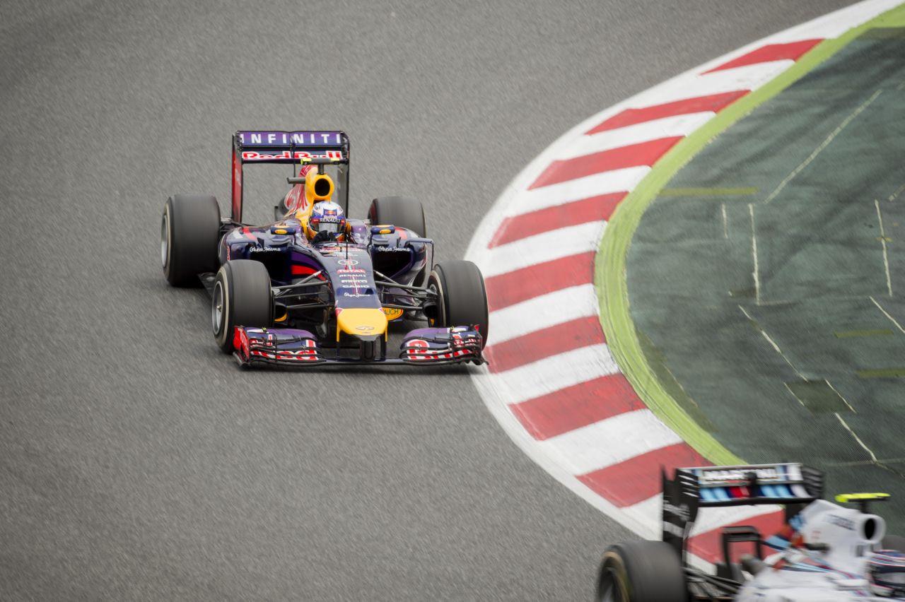 Jelenleg férges a Forma-1: a Red Bull főnöke szerint az Eco mód nem versenyzés