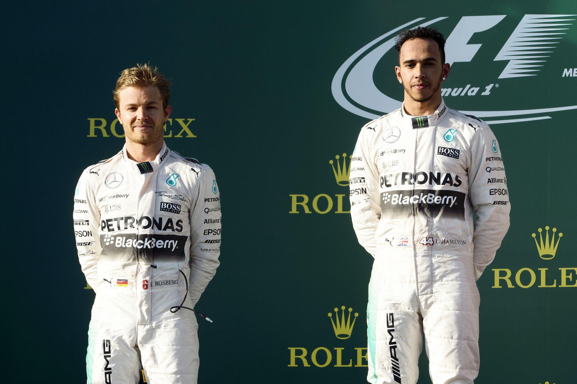 Hamilton: Tisztességtelen lenne, ha most új szabályokkal megállítanák a Mercedest