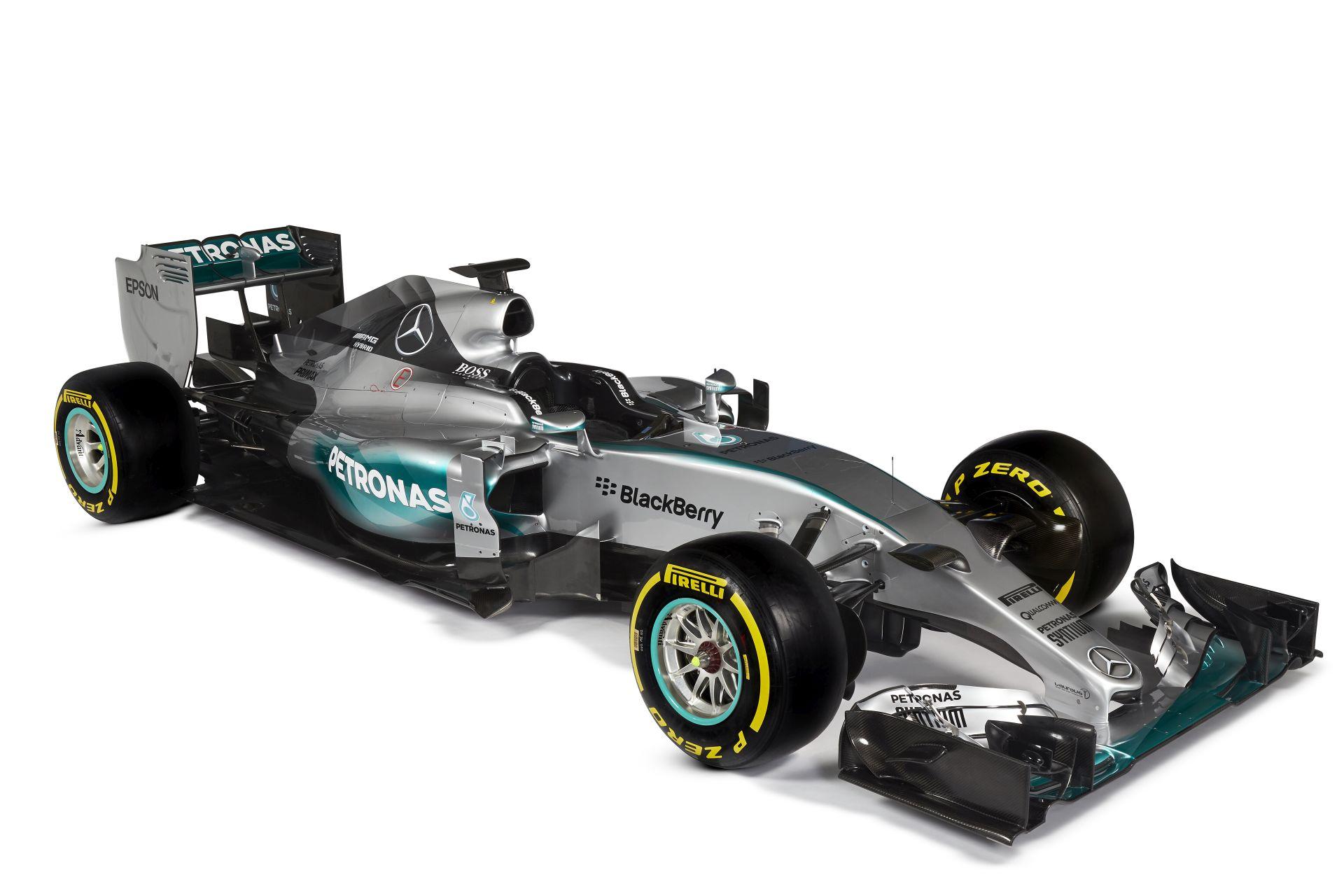 Hivatalos stúdióképek a legújabb F1-es Mercedesről és a motorról: W06