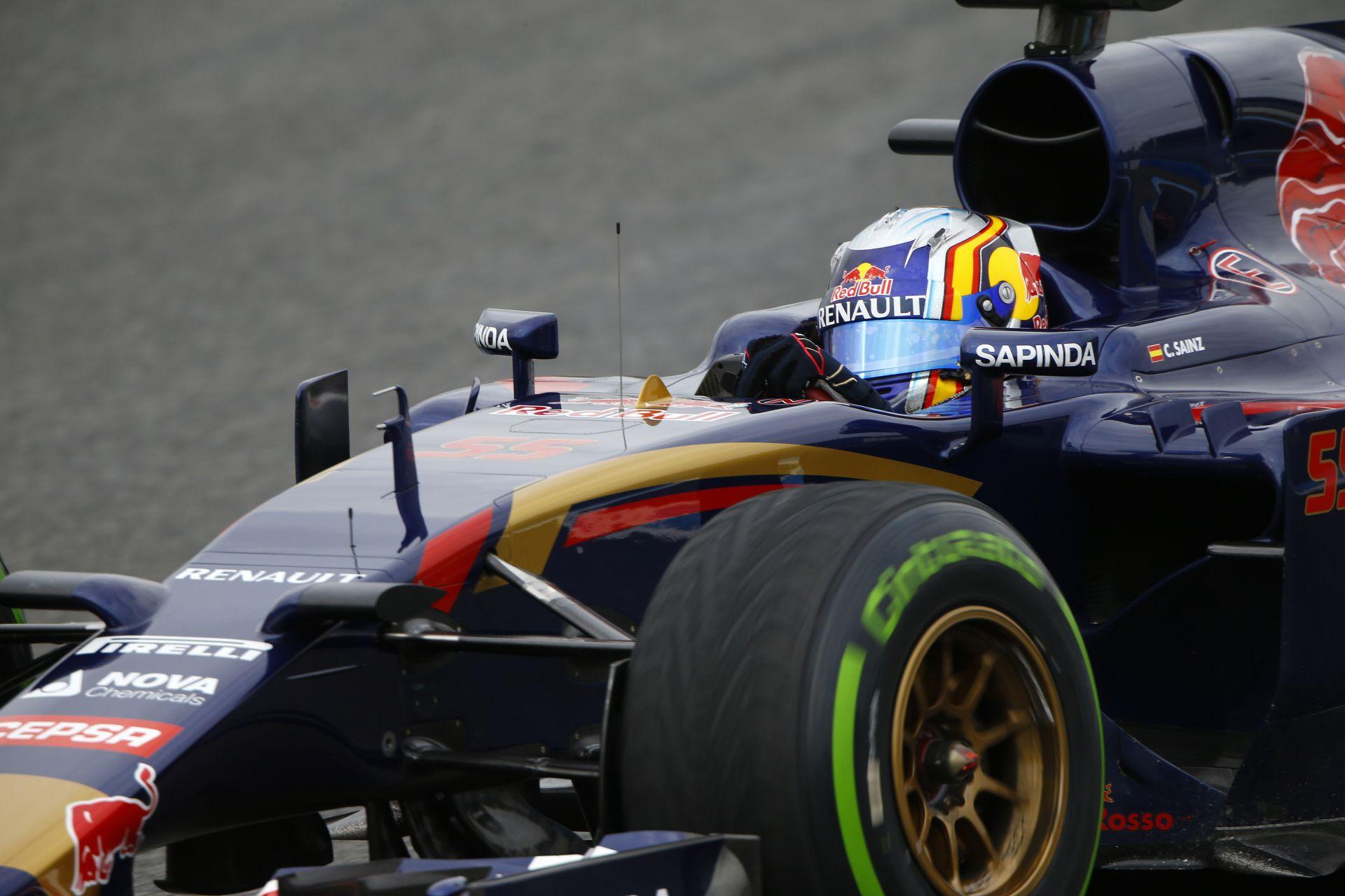 Toro Rosso: A kis Sainz 136 kört ment Jerezben
