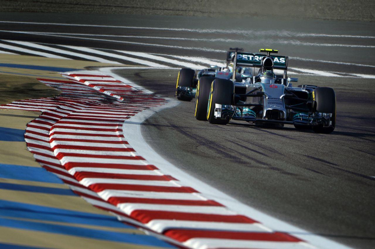 Rosberg káromkodott a sisak alatt, szerencsére nem hallottuk: lehet bízni Hamiltonban