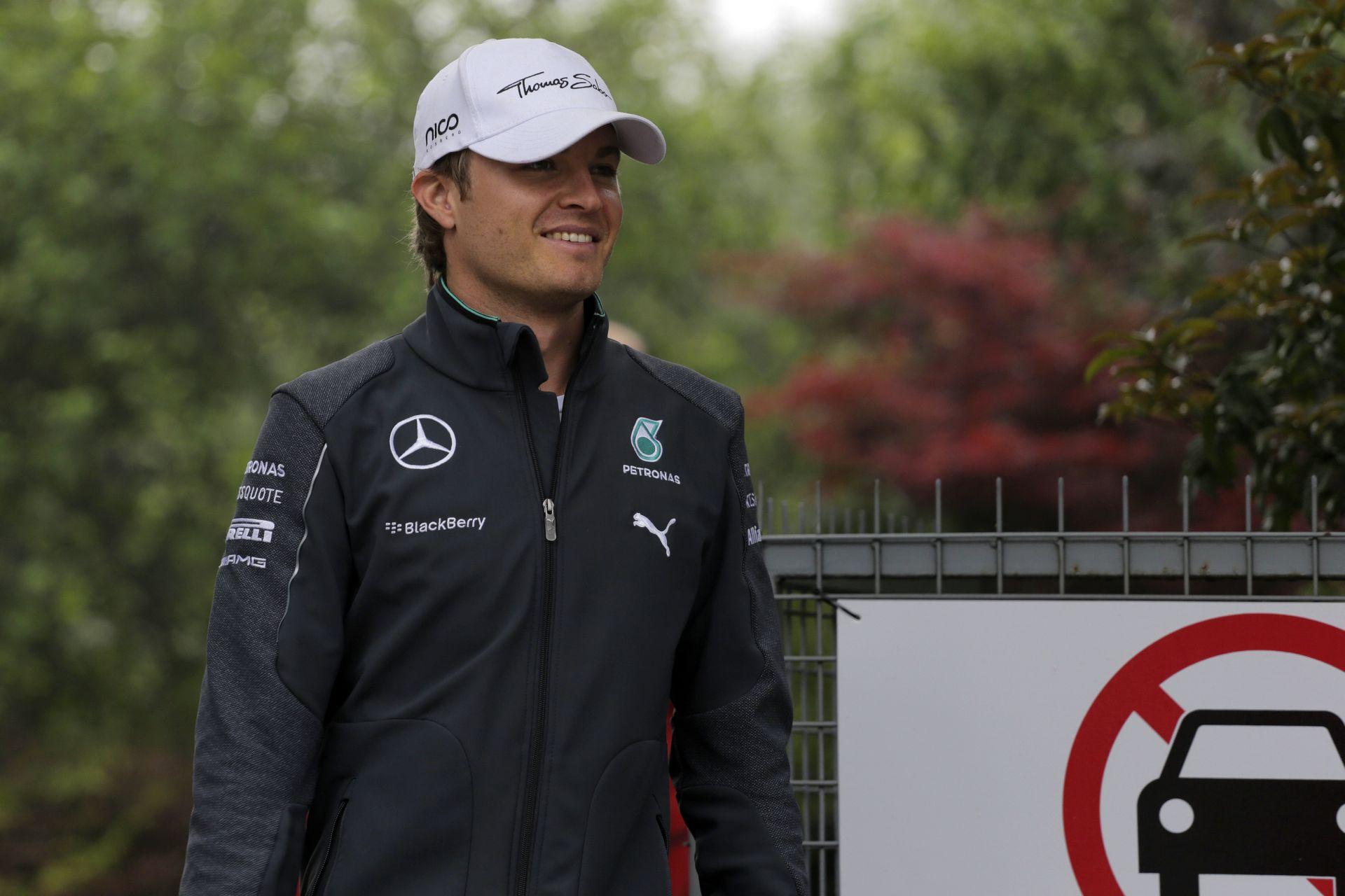 Rosberg nem akar rendszert csinálni Hamilton győzelmeiből