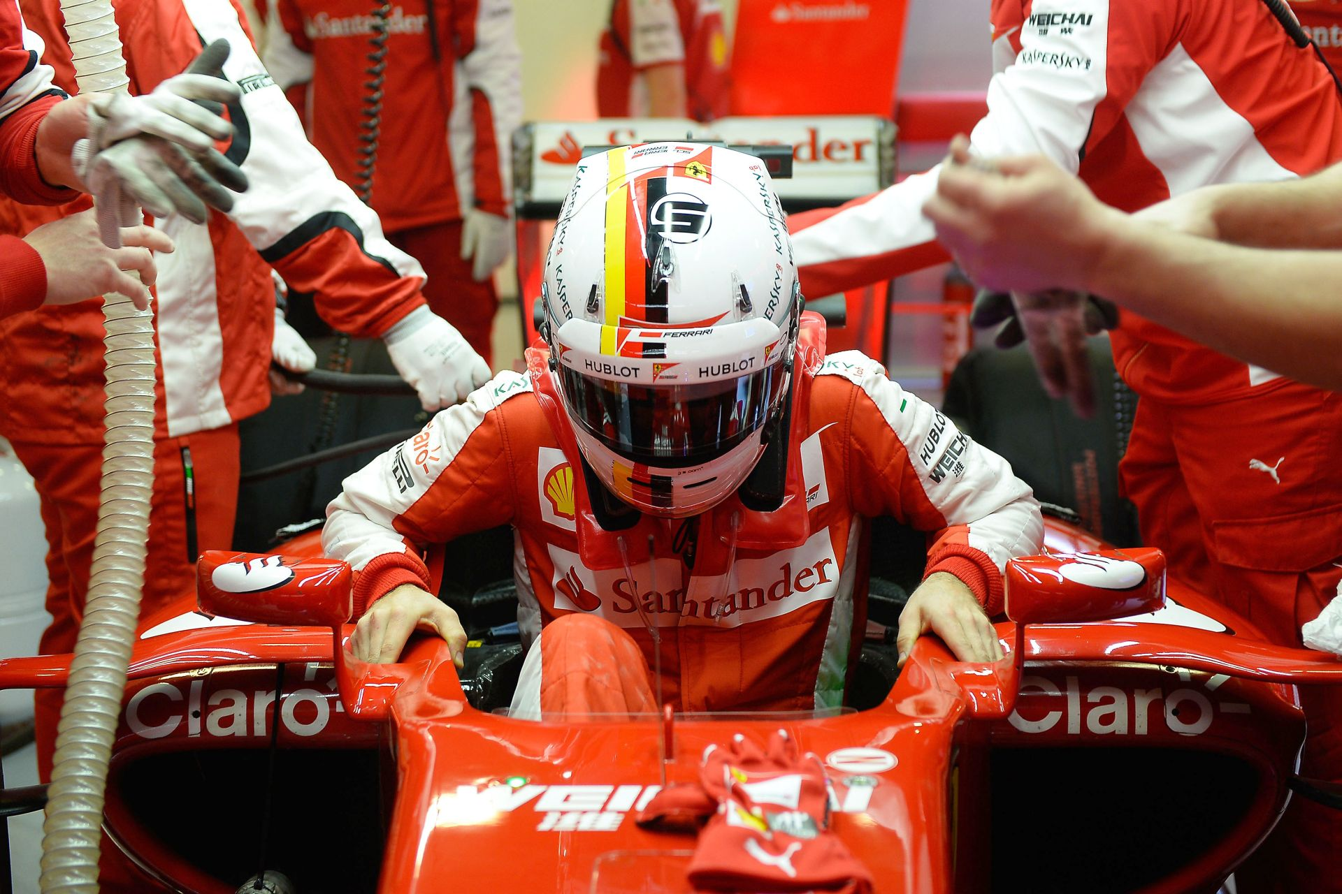 Folytatódik az F1-es teszt Barcelonában: Vettel, Alonso és Rosberg is a pályán