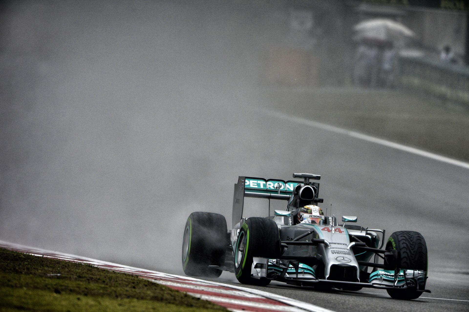 Videón Lewis Hamilton 34. rajtelsősége