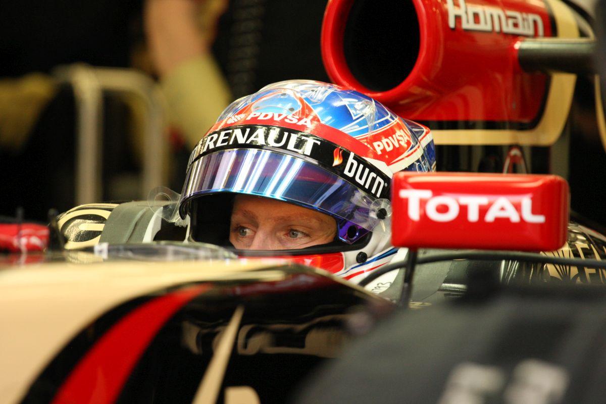Vettel és a Red Bull küzd a technikával, de nincs egyedül: képek a 3. napról (frissítve)