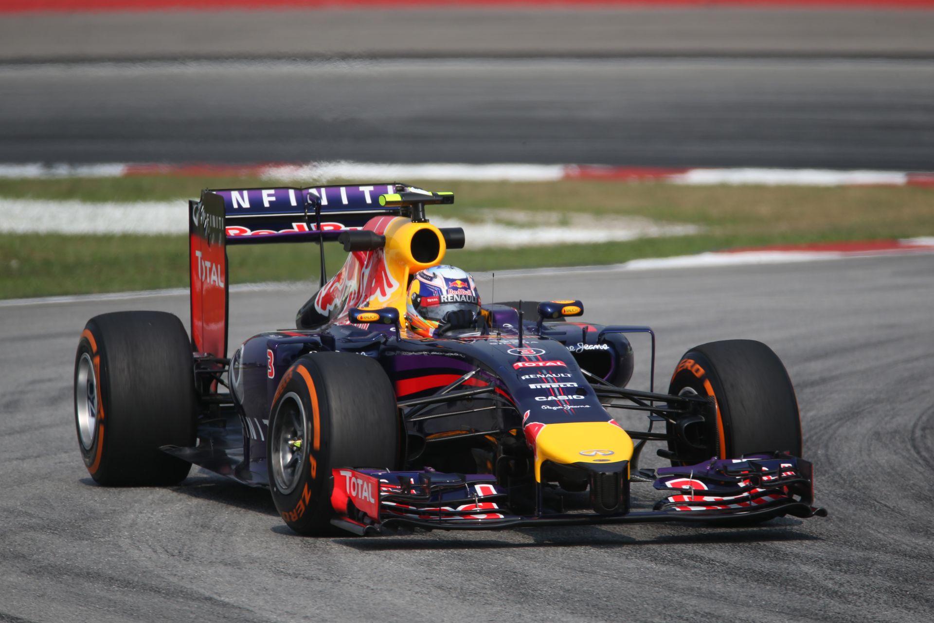 Röviden: 10 helyes rajtbüntetést kaphat Ricciardo a Bahreini Nagydíjra