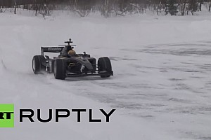 FIA F2 BRÉKING Mikhail Aleshin 228 km/órával hódította meg a sarkkört