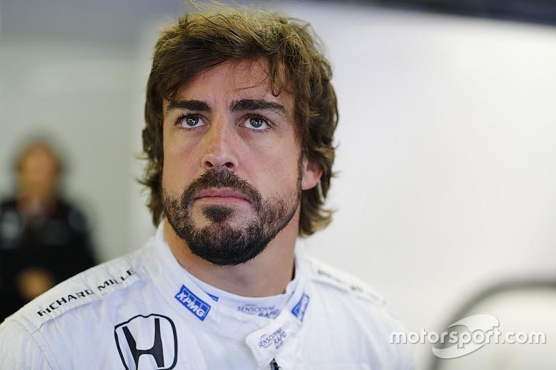 Алонсо закликав McLaren не залишати автомобіль 2016 року