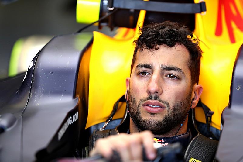 """Риккардо ожидает """"неплохой"""" скорости от Red Bull в Баку"""