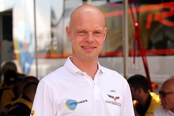 Jan Magnussen corre ao lado de brasileiro no Blancpain
