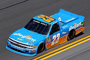 NASCAR Truck Noticias Gallagher se disculpa por pleito en NASCAR