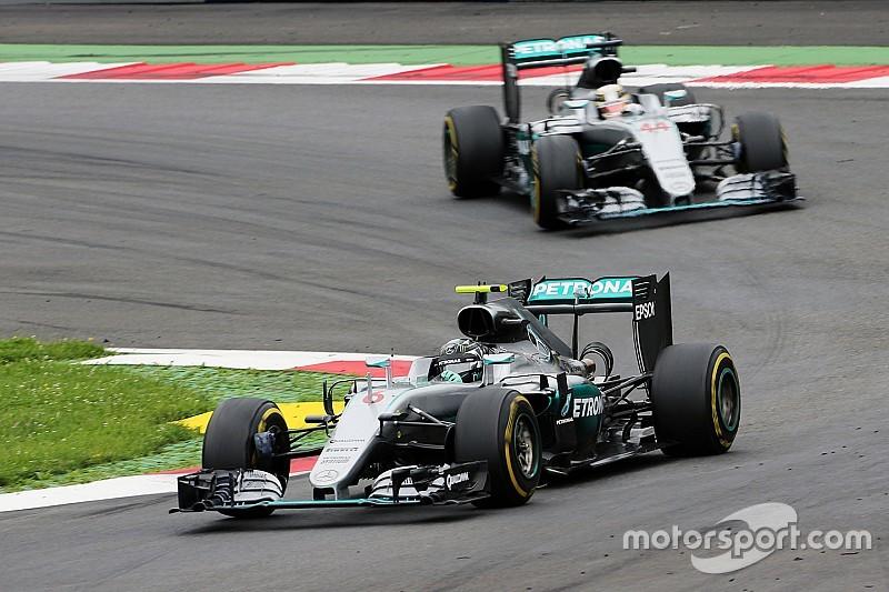В Mercedes рассмотрят вопрос о командной тактике