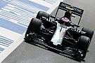 McLaren over achtervleugel Button: