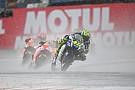 """Rossi: """"Michelin va retrasada con las gomas de agua"""""""