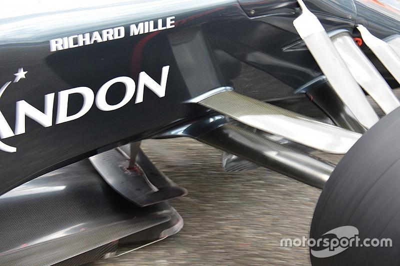 Технический брифинг: крылышко на сплиттере McLaren MP4-31