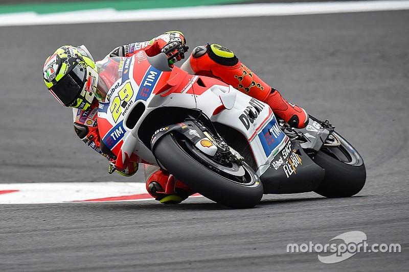 Red Bull Ring, Libere 3: Ducati in vetta. Marquez cade e si lussa una spalla