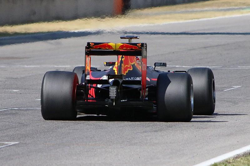 ピレリ、来季タイヤテスト用のマシンにダウンフォース増加を要求