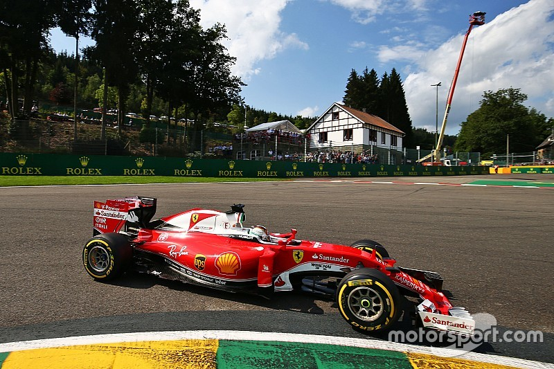 """Ferrari """"перегорнули сторінку"""" нещодавніх проблем"""