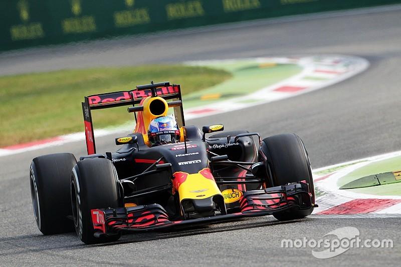 """""""Ferrari heeft grote voorsprong op Red Bull in Monza"""", erkent Ricciardo"""