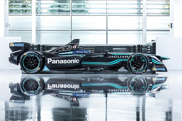 Em apresentação oficial, Jaguar confirma dupla Carroll/Evans