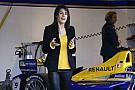 Romain Grosjean gyönyörű neje is ott van a Formula E párizsi versenyén!