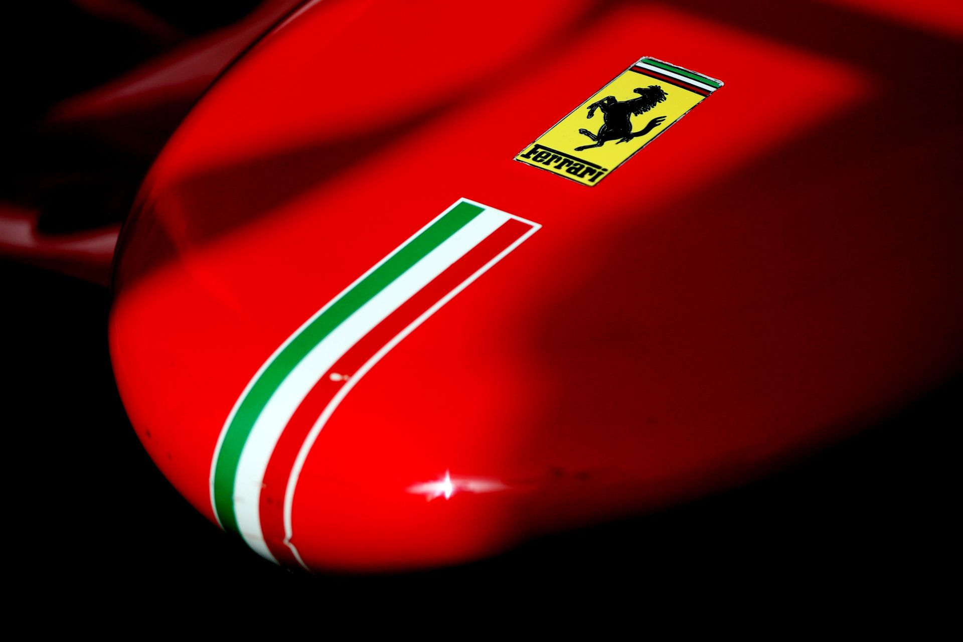 Ma mindkét Ferrari kiesik Barcelonában…
